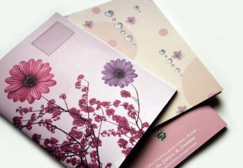 Cahier à grands carreaux en papier recyclé «Fleurs»